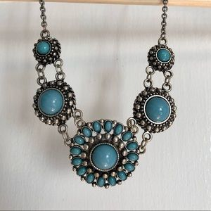 Jewelry - Aqua-blue statement necklace